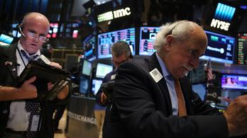 Hat éve volt utoljára ekkora bajban a Wall Street