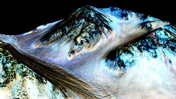 Folyékony, sós víz van a Marson