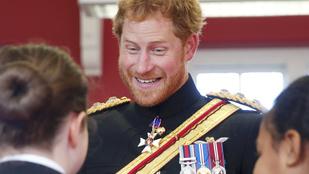 Harry hercegről is készülnek rossz fotók