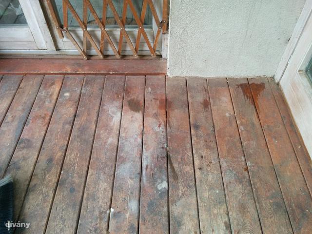 Így néz ki egy elhanyagolt padló, amelyet nem ápoltak rendesen.