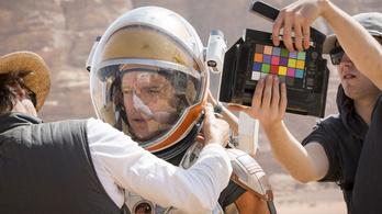 Csak a kezdés hülyeség a marsi túlélőfilmben