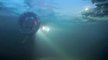 Fura robotot küld a NASA az Europára