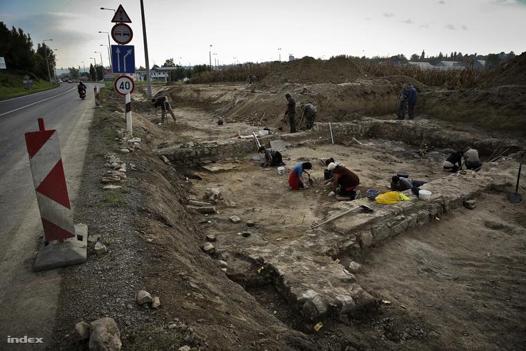 Az ásatás helyszíne a Tolna megyei Bonyhád mellett.