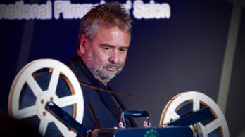 Luc Besson plagizált, félmillió eurója bánja
