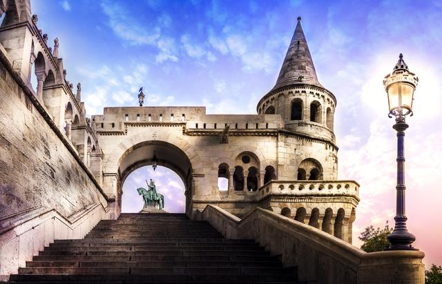 A Budai Várnegyed részeként 1987 óta a Halászbástya is egyike Budapest világörökségi helyszíneinek.