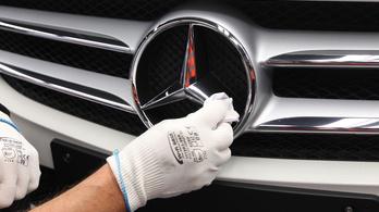 Épül Mercedesgyár-ország, csak nincs, aki feltakarítson