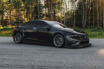 A Volvo újra versenybe száll