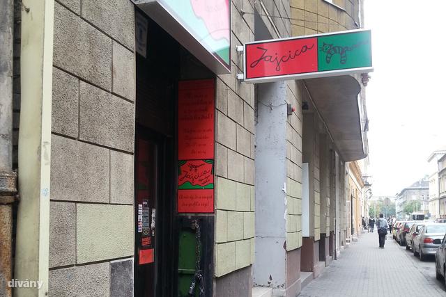 A Jajcica még tartja magát a Dohány utcában.