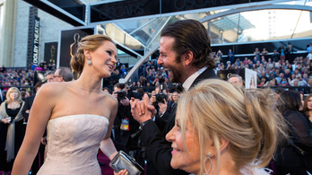 Mindenki támogatja Jennifer Lawrence harcát