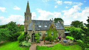 Gótikus templomban lakni menő