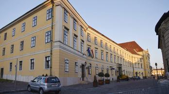 Orbán kolostori szerénységben és puritánságban dolgozik majd a Várban