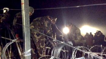 Így zárták le éjjel egykor a horvát-magyar határt Gyékényesnél