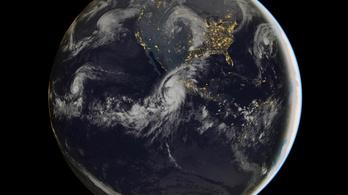 Minden idők legerősebb hurrikánja tart Mexikó felé