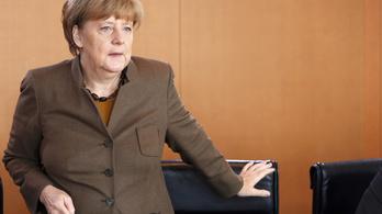 Merkel ultimátumot kapott a koalíciós társától