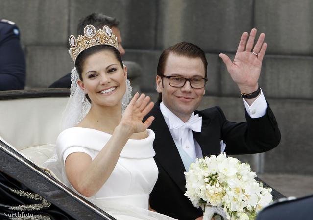 Jozefina francia császárné koronájában ment férjhez 2012-ben.