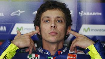Valentino Rossi krosszmotorral bukott, veszélyben jövő hétvégi GP-indulása