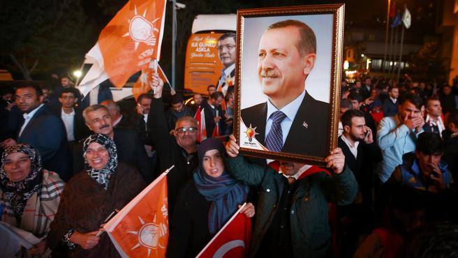 Még több hatalmat kaphat Erdogan
