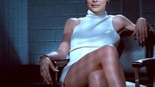 Osvárt Andrea Sharon Stone lábkeresztezős jelenetében