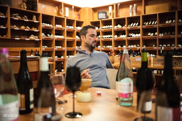 Ezekben a borokban kizárólag kén van, mint hozzáadott anyag, és abból is nagyon kevés.