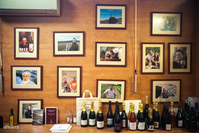 A Terra Hungaricát 2011-ben alapították, és 30 borászt képviselnek.