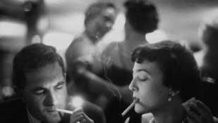 Kiderült, miért dohányoznak sokan, ha alkoholt isznak