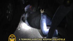 A rendőr, akinek egy bűnöző lett a legjobb jóbarija