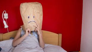 Boldogtalanok vagyunk és nem is teszünk ellene