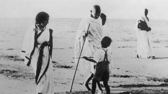 Gandhi levélben győzködte Hitlert, hogy ne háborúzzon