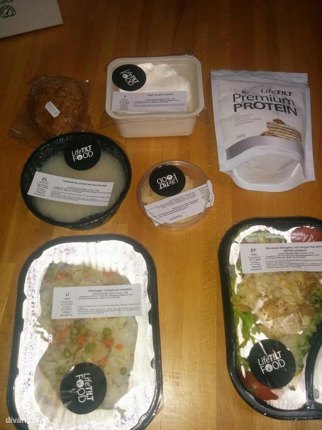 Egy napi étel, a proteinpor feláras, ezt kell inni vacsora helyett.