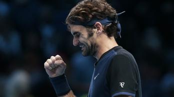 Borostás Federer várja Djokovicsot a vb-ért