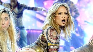 Nem csak dögös: Jennifer Lopez elég vicces fejeket vágott