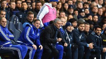 Mourinho csuklóztatta Diego Costát, a csatár nem hagyta szó nélkül
