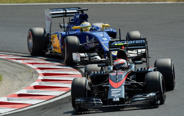 Egy Sauber a McLaren mögött - ezért akarja nekik a Hondát Dennis