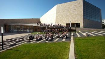 A Pannon Filharmonikusokkal ünnepel a pécsi Kodály Központ