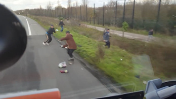 Börtönbe került a migránsokat ijesztgető magyar kamionos