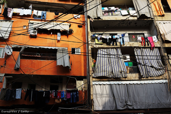 Szegények lakta övezet Libanon fővárosában, Bejrútban