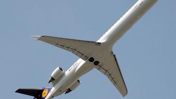 A CRJ900-asok hibái miatt borult a skandináv menetrend