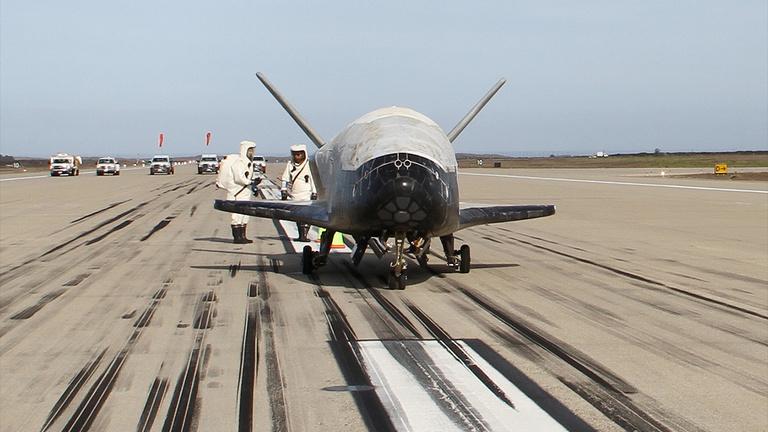 Már 200 napja az űrben van a titokzatos amerikai űrrepülő