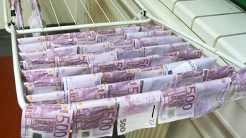 Pénzmosásból származó pénzt mostak a Dunában