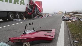 Meghalt egy férfi az M5-ösön