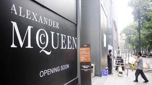 Rasszizmussal vádolják az Alexander McQueent