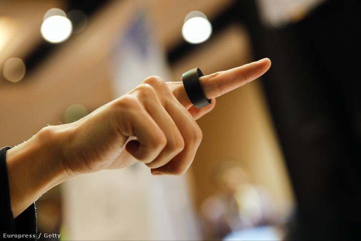 Okosgyűrű a 2015-ös CES-en