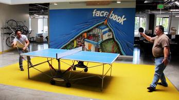 Így élnek a facebook faluban