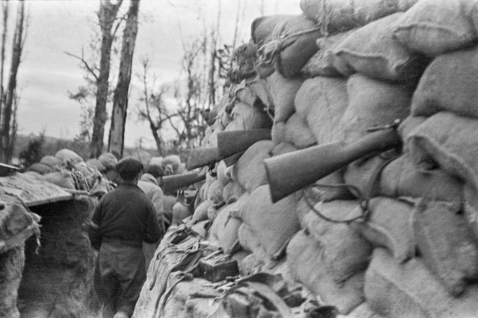 Lövészárok, Madrid mellett, 1937.