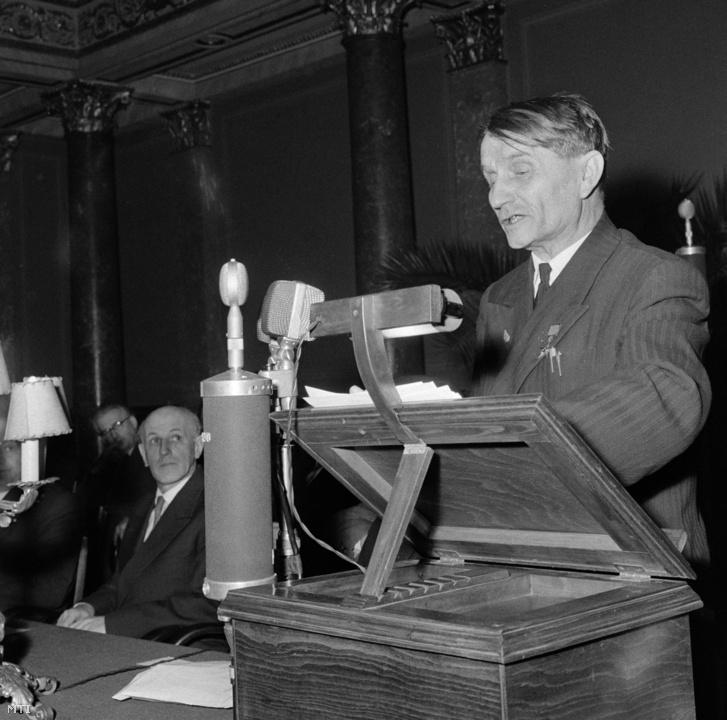 1960. január 25. Liszenko a Magyar Tudományos Akadémia dísztermében.
