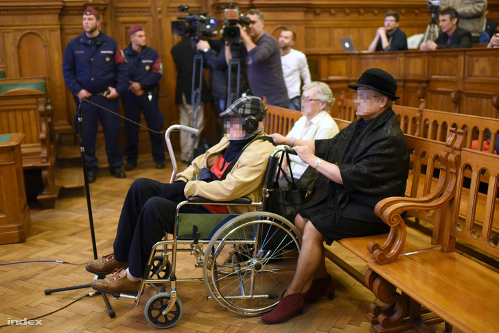 Biszku Béla a bíróságon, 2015. december 17-én.