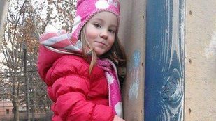 Egy négyéves kislányt és bébiszitterét keresik Budapesten