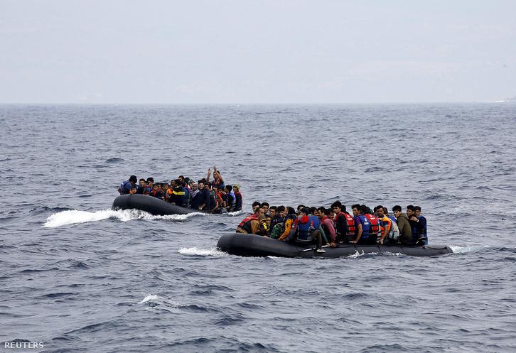 Szír menekültek érkeznek Leszbosz szigetére, 2015. szeptember 22-én.