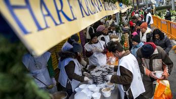 Véget ért Budapest legnagyobb ételosztása