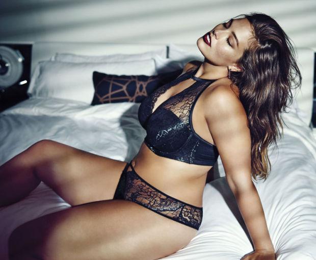 A szókimondó Graham az egyik legfelkapottabb plus-size modellként lehetőséget kapott arra, hogy egy szexi fehérnemű kollekciót tervezzen a telt karcsú nőket megcélzó kanadai márkának, az Addition Elle-nek.